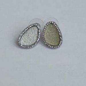 Unique Jennifer Lopez earrings